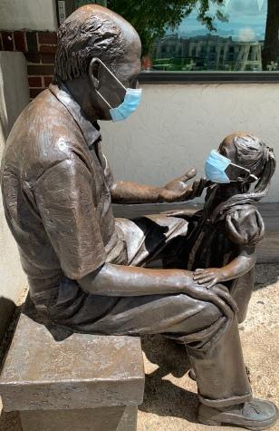 mask statue